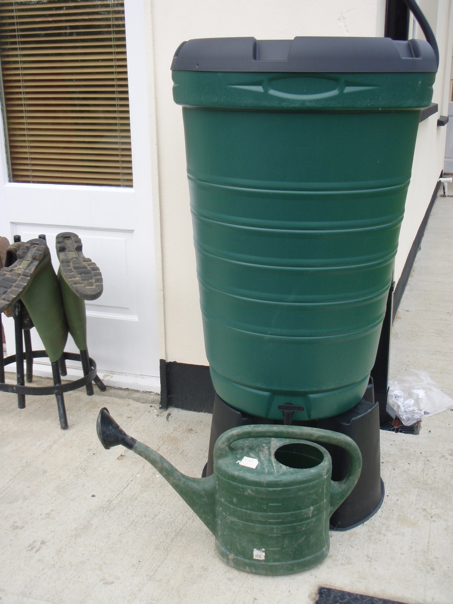 peter donegan - rain water harvesting butts