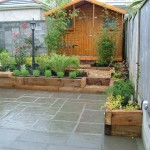 small-garden-patio and raised beds