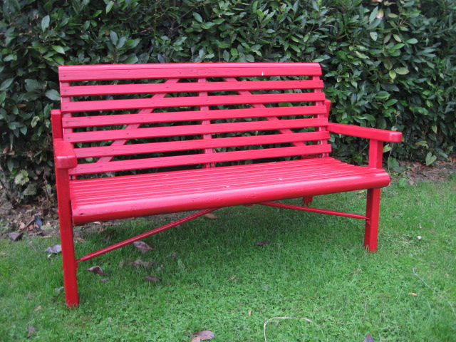 red garden furniture