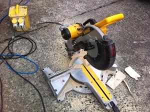 dewalt saw